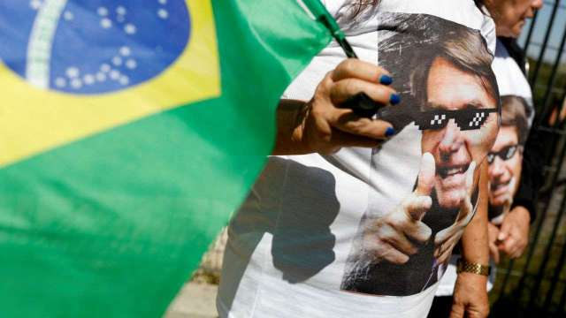 728873-728432-reuters-t142343z52320432rc196be76c70rtrmadp3brazil-election-bolsonaro